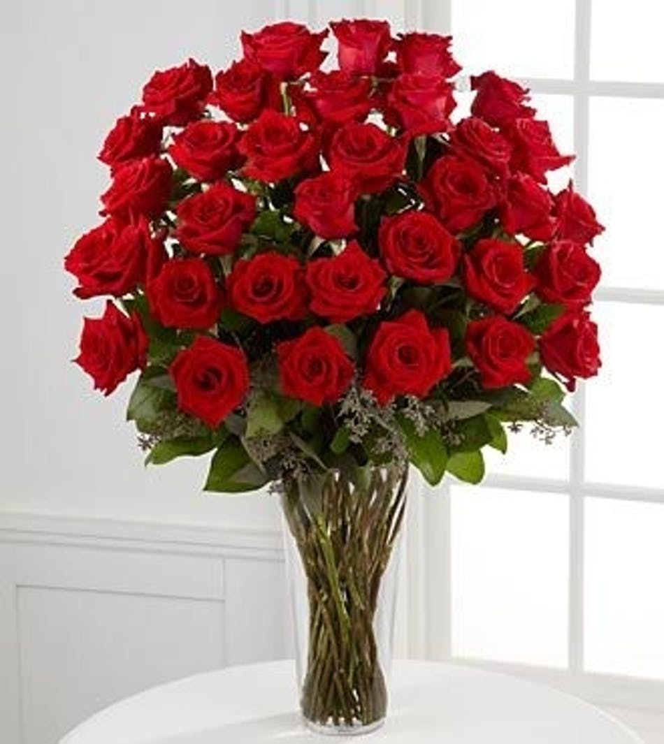 36 Red Roses Beautiful Hand Picked Ecuadorian Kansas City Mo Flower Delivery Toblers Florist