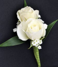 Sweetheart Spray White Roses